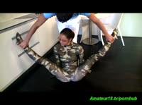 Пацан трахает юную гимнастку